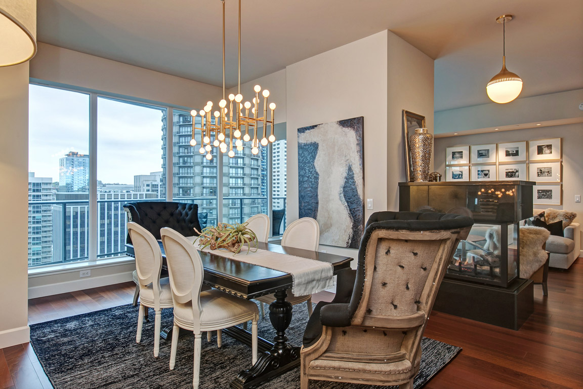 Stunning Escala Condo- Spacious 24th Floor In-City Escape w/Custom ...