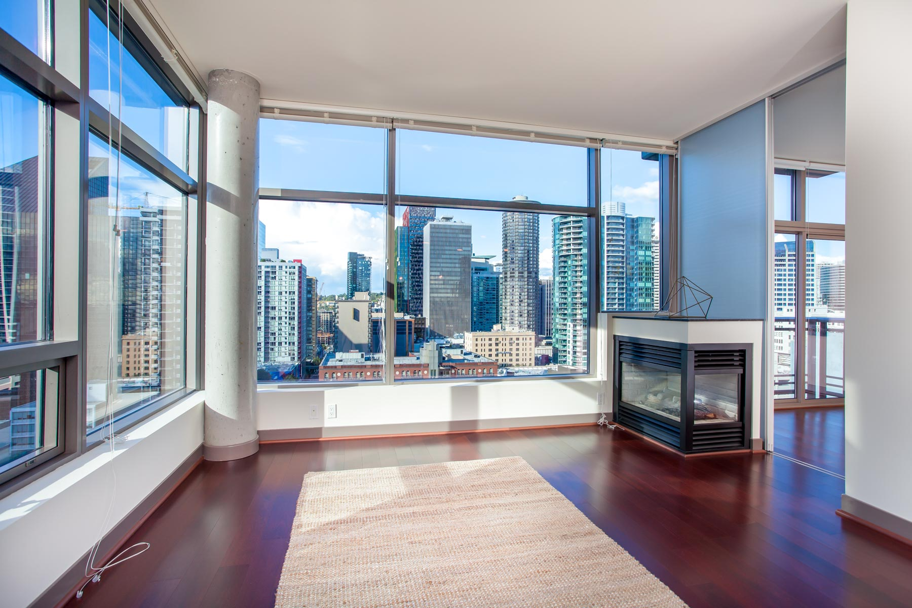 Cristalla Urban City View 1 Bedroom Belltown Condo Urbanash Real Estate
