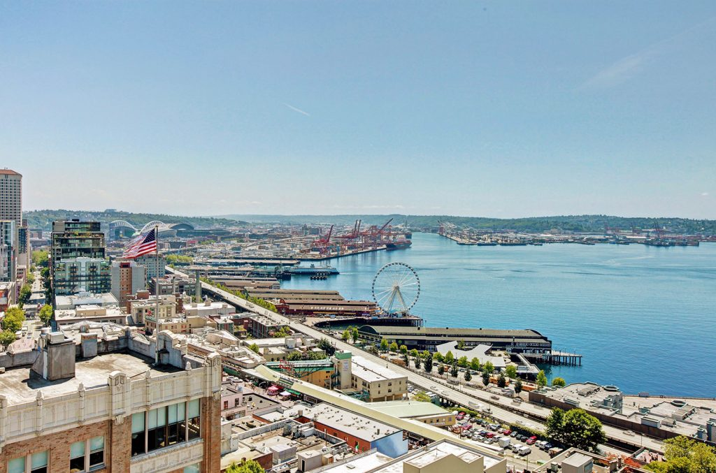 City Council passed a resolution declaring their intention to order the construction of the Seattle Central Waterfront Improvement Program and LID.
