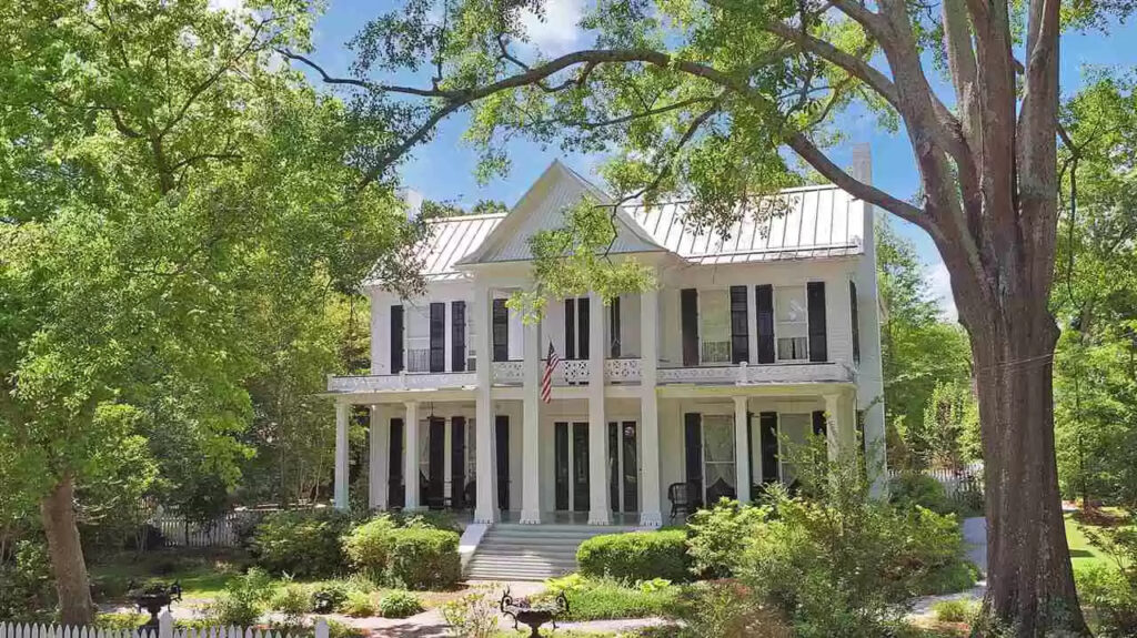The Priestley House - Feature Friday